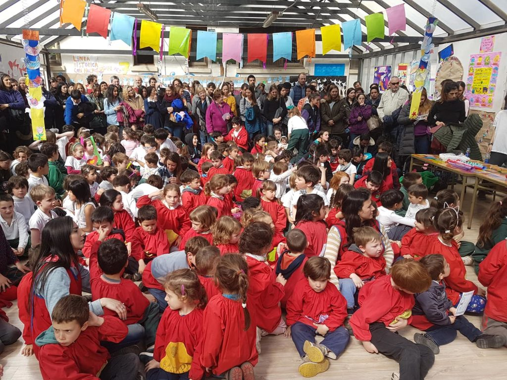 ☮Hoy en nuestro colegio celebramos la PAZ...Jardín y primaria realizaron la MUESTRA ANUAL DE LA PAZ☮